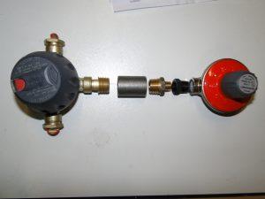 inline regulator with autochanger